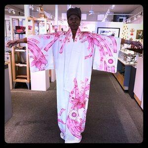 Stunning Vintage Pure Silk White and Pink Kimono